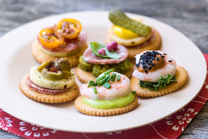 Canape Crackers
